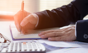 Préstamo Comercial con Garantía en Certificado Financiero